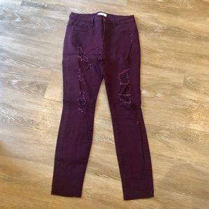 🆕 Distressed Stretch Skinny Jean in Eggplant